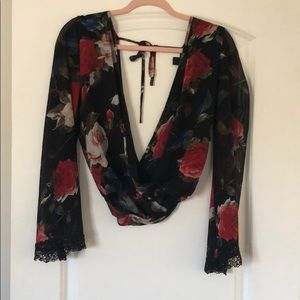 Floral bell sleeve blouse